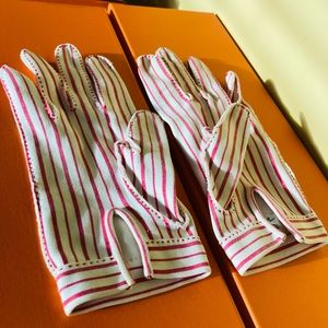 Hermes 1980's Red & White Striped Gloves